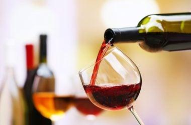 Wine Tasting, Cornwall House Accommodation